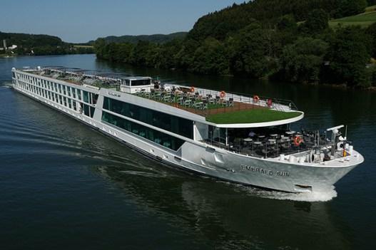 Emerald Waterways Cruise Ship Jobs