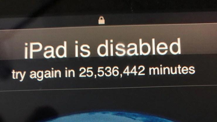 Un enfant de 3 ans bloque l'iPad de son père pour 48 ans