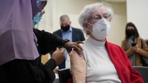 Vaccination: la deuxième dose se fait attendre pour les professionnels de la santé