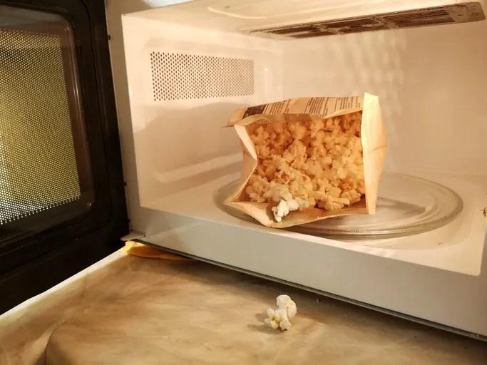 mac and cheese microwave popcorn