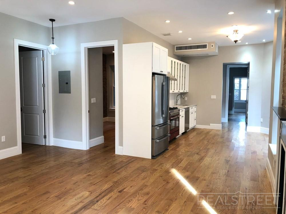 Finding the right townhome takes time and careful searching. Prospect Pl Brooklyn Apartments Brooklyn 3 Bedroom Apartment For Rent