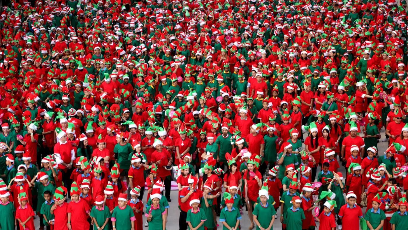 What Are The Names Of The Christmas Elves
