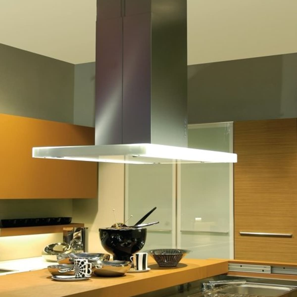 what is a range hood and why do i need
