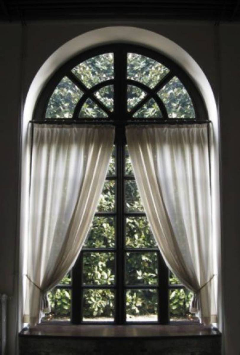 best curtain solutions for arched