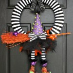 13 Easy Diy Halloween Wreaths You Will Be Dying To Make Holidappy Celebrations