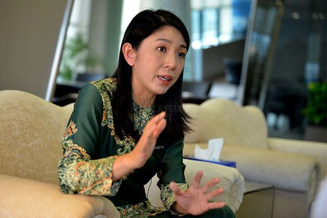 Yeo Bee Yin's Message To Businesses Is Clear: Personal Connection Will Not  Help Them
