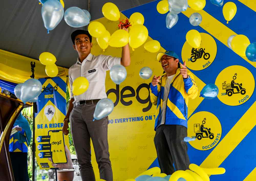 Youth and Sports Minister Syed Saddiq Syed Abdul Rahman at the opening ceremony of of Dego Ride's operation office.
