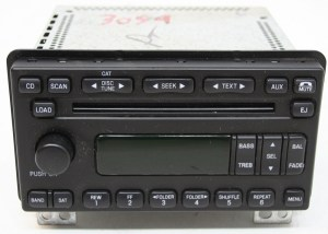 Ford Expedition 2005 Factory AMFM Stereo 6 Disc Changer