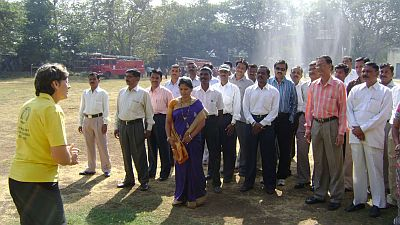 Scientology Volunteer Ministers train Maaharashtra Civil Defense Trainers.