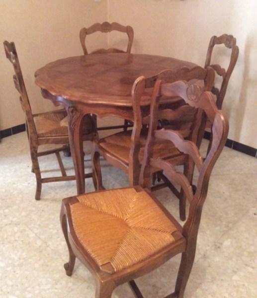 table de salle a manger avec ses 6 chaises paillees selency