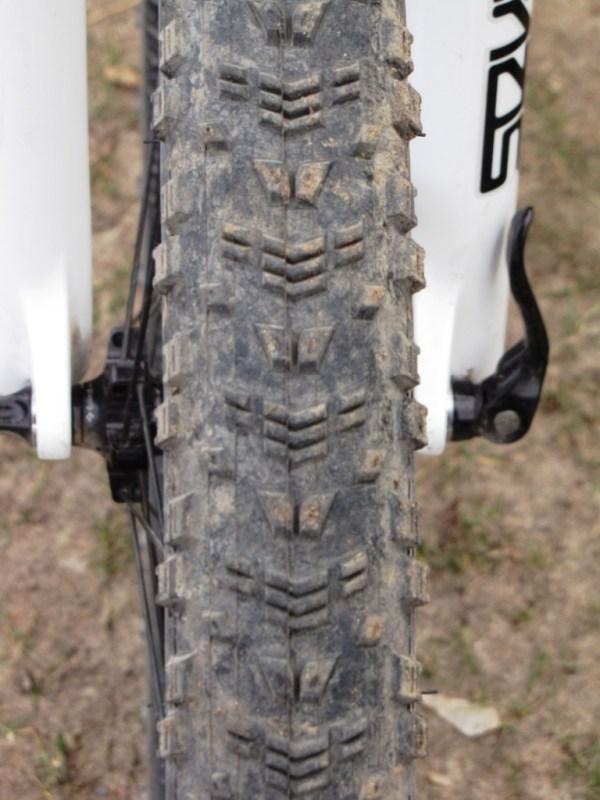 Maxxis Aspen 26x2.25 MTB Tire Review - Singletracks ...
