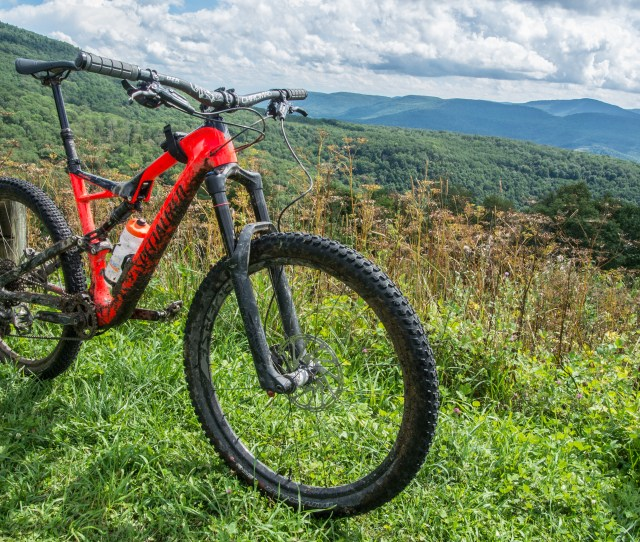 2017 Specialized Stumpjumper Expert Mountain Bike Test Ride Review