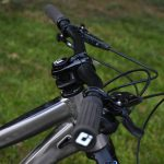 Sqlab 30x 12º Carbon Handlebars Why More Back Sweep Is Good For Mountain Biking Singletracks Mountain Bike News