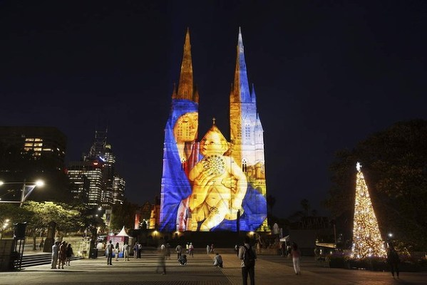 St Mary's Cathedral light show begins