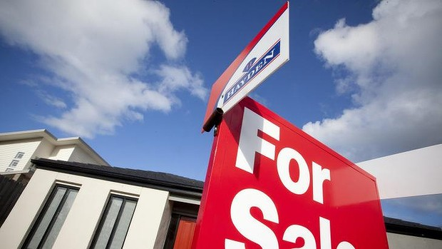 ANZ was the only one of the big four banks not to lower its five-year fixed mortgage rate to 4.99 per cent this week.