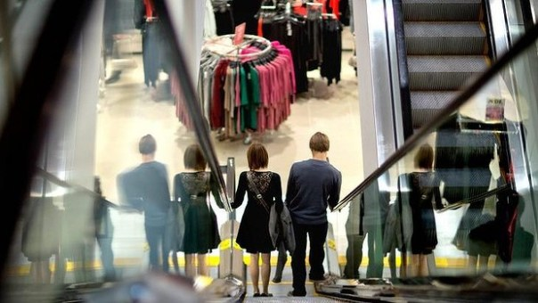 The retail sales rise had been widely expected by economists.