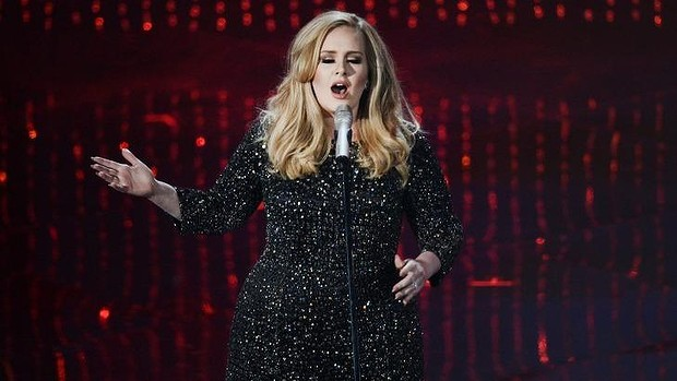 Singer Adele has opened up about her frosty relationship with Blur frontman Damon Albarn.