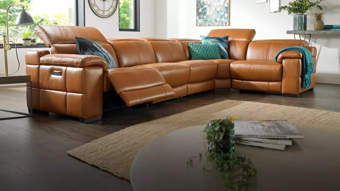 Curved sofa uk sofology for Sofa 4 meter
