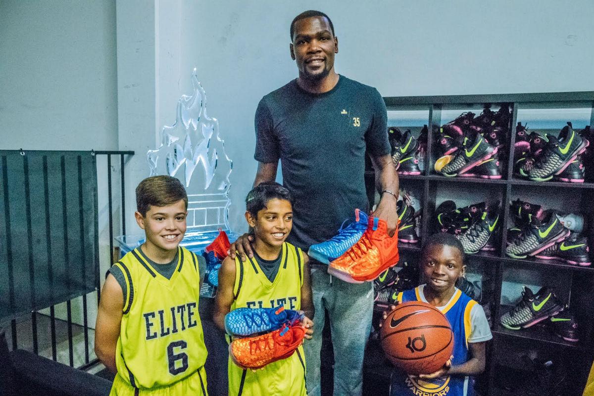 Kids Foot Locker Jordan Shoes