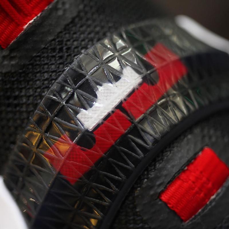 Nike LeBron 13 Low Black/Red (9)