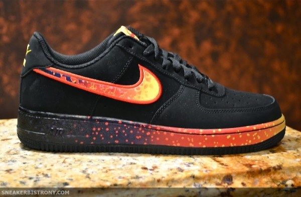 Nike Air Force 1 Low Asteroid Sole Collector