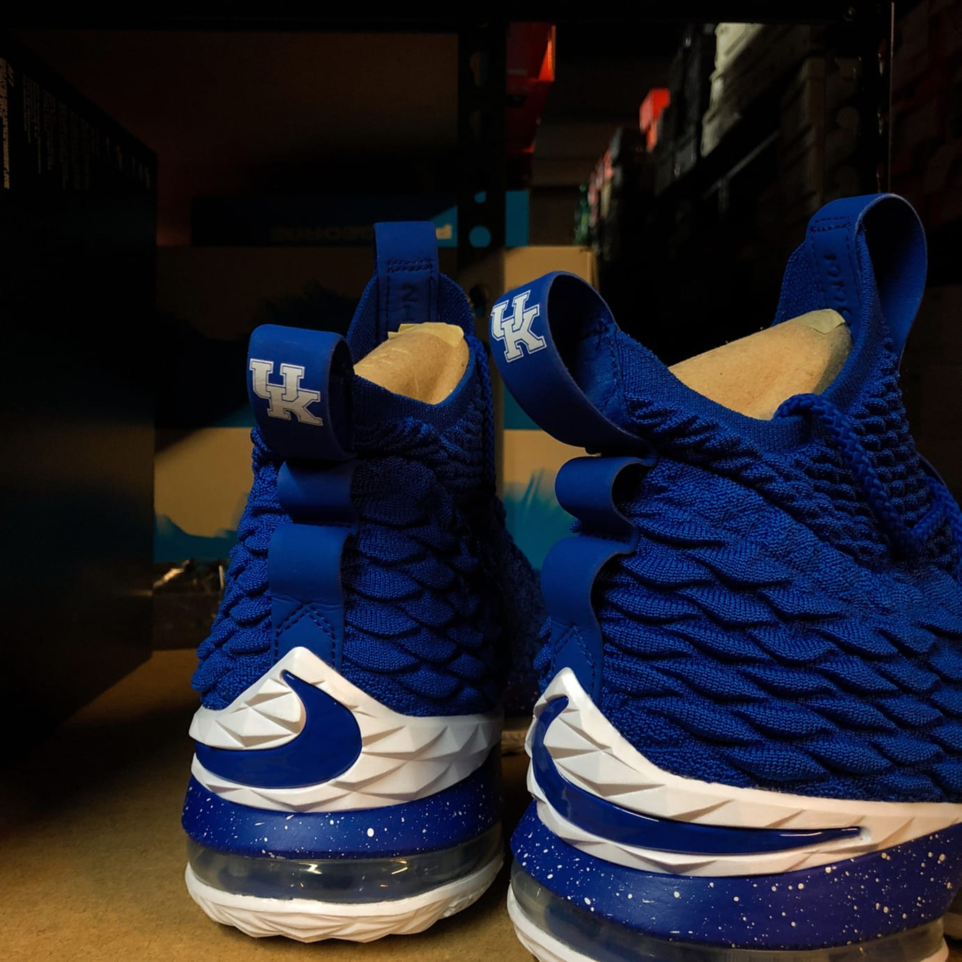 Kentucky Wildcats Nike Shoes Sale