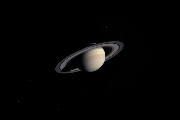 Cassini Images Saturn