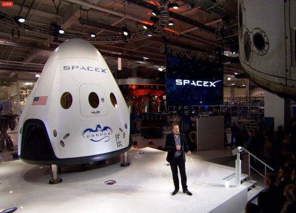 Images: SpaceX Reveals Dragon Version 2 - SpaceRef