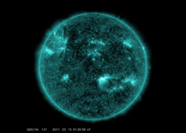 NASA Detects Solar Flare Pulses At Sun And Earth SpaceRef