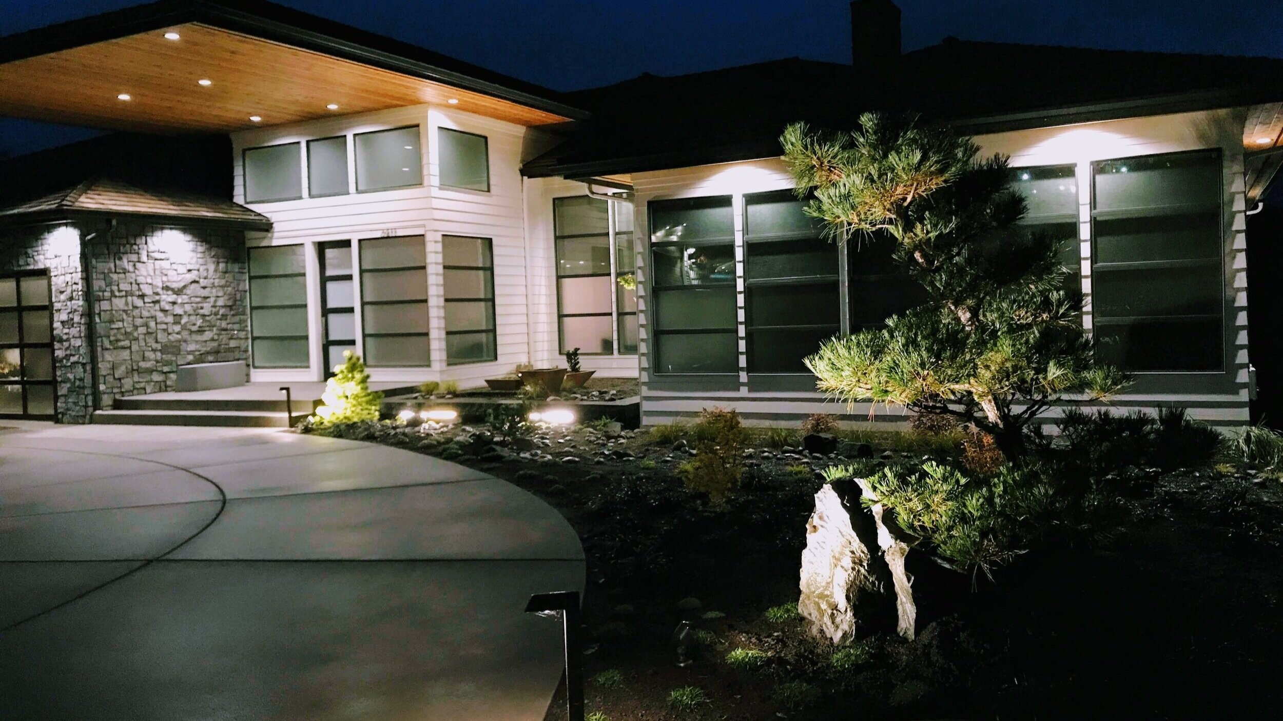 best places to buy landscape lighting