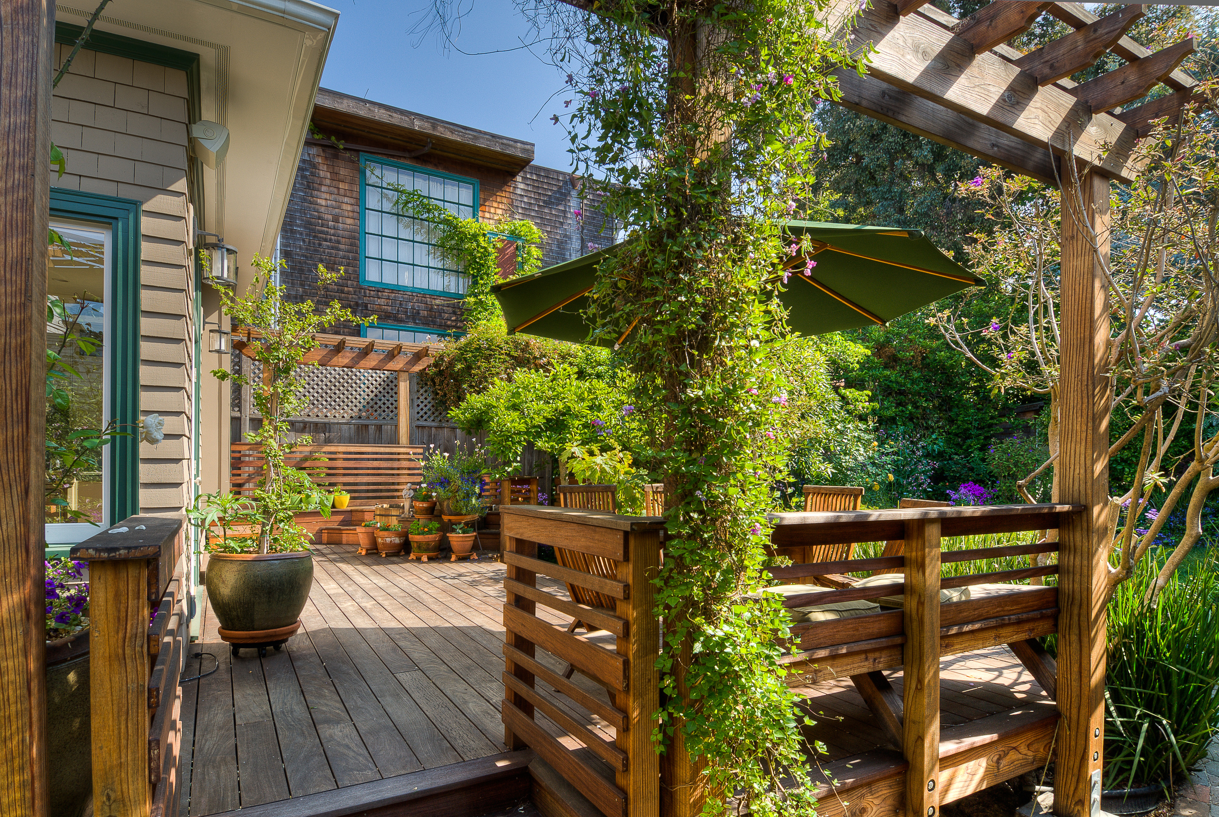 patio living raw concepts
