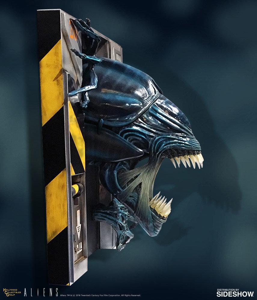 Alien-Queen-Sculpture-Side.jpg