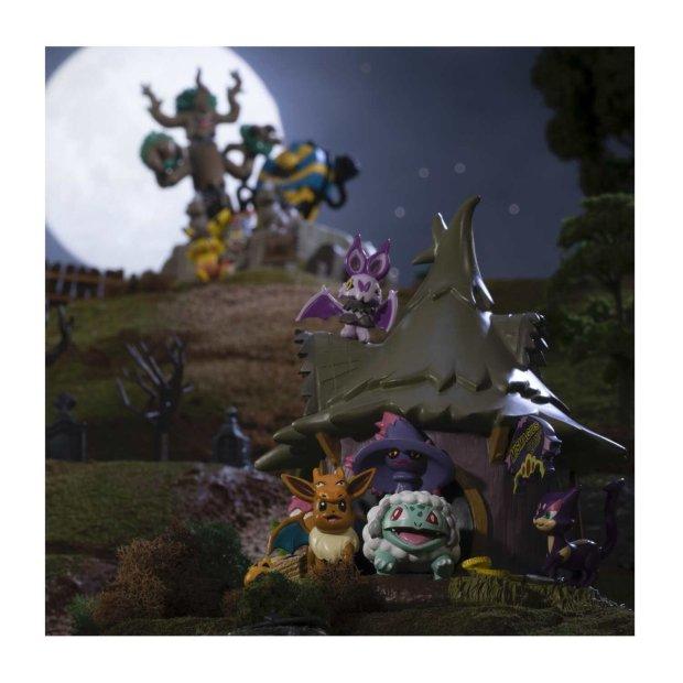 Haunted_Pokemon_Village_Mismagius_Charm_Shop_Figure_Lifestyle_Image.jpg