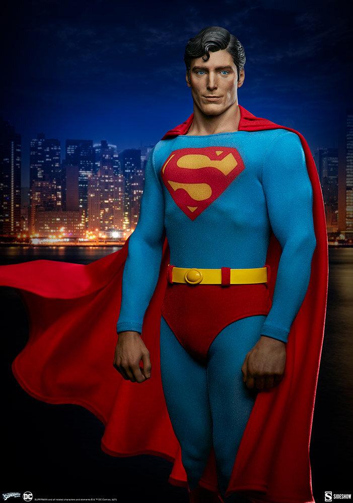 superman-the-movie-premium-format-figure_dc-comics_gallery_60651ff75f158.jpeg