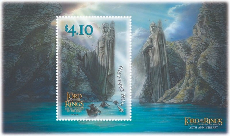 lord-of-the-rings-stamps-the-fellowship-canoeing-through-the-gat-1281802.jpeg