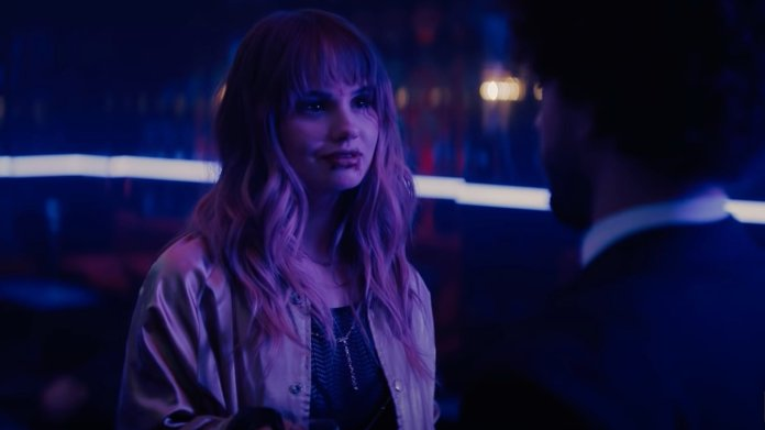Fun Trailer For Netflix's Vampire Action Thriller NIGHT TEETH with Debby  Ryan, Lucy Fry, and Megan Fox — GeekTyrant