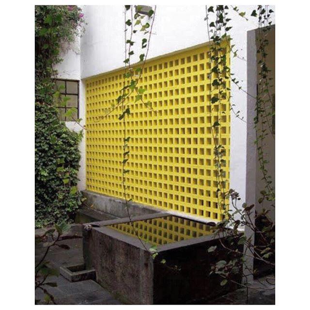 Colour story, Luis Barragan, Mexico City #luisbarragan #colour #architecture #colourstory #cqinspiration #luisbarragán #geometry #colouremotions