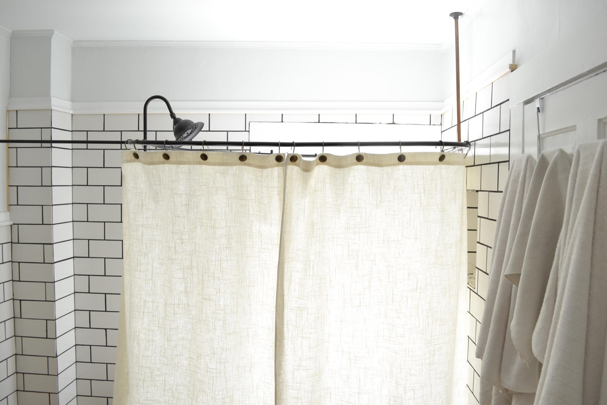 a diy clawfoot tub shower curtain for