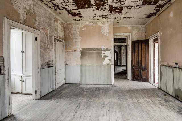 38 Interior Auburn NY Castle Home For Sale Auction Listings Real Estate Agent Broker Michael DeRosa .JPG