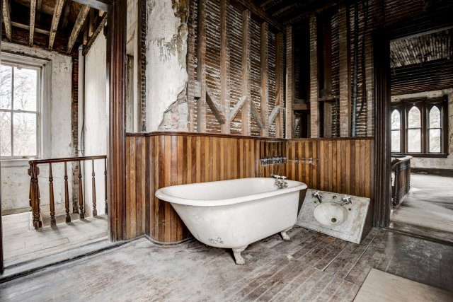 56 Interior Auburn NY Castle Home For Sale Auction Listings Real Estate Agent Broker Michael DeRosa .JPG
