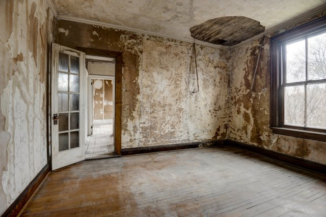80 Interior Auburn NY Castle Home For Sale Auction Listings Real Estate Agent Broker Michael DeRosa .JPG