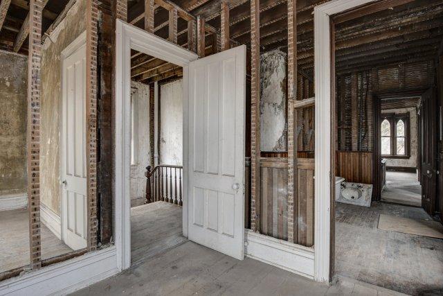 87 Interior Auburn NY Castle Home For Sale Auction Listings Real Estate Agent Broker Michael DeRosa .JPG