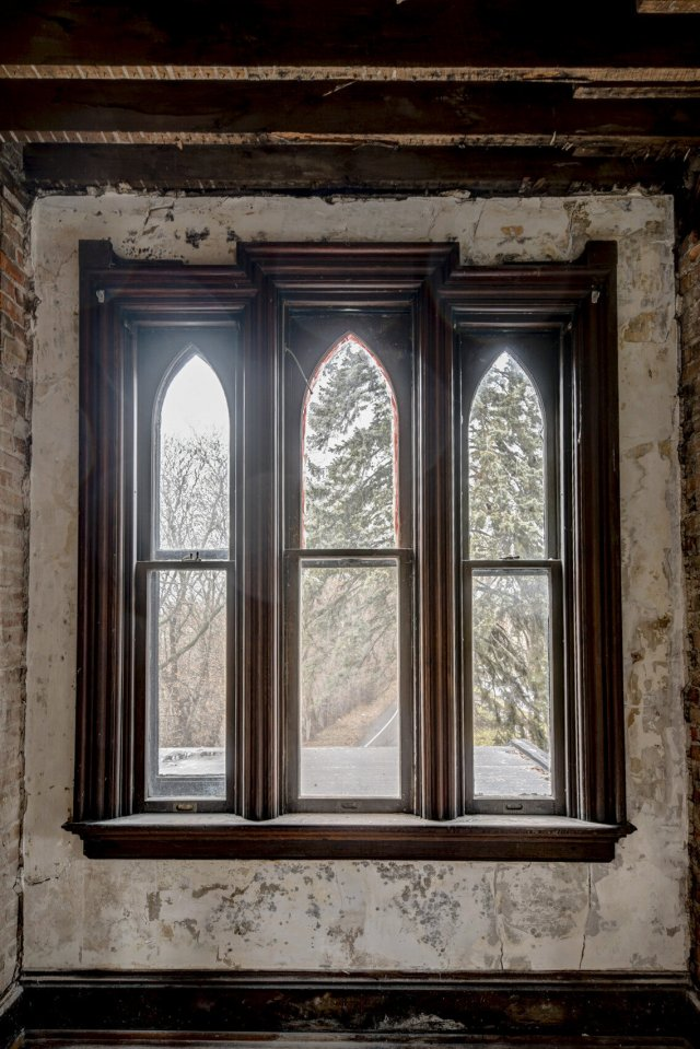 99 Interior Auburn NY Castle Home For Sale Auction Listings Real Estate Agent Broker Michael DeRosa .JPG
