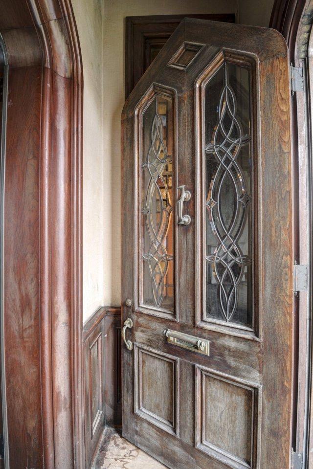 117 Interior Auburn NY Castle Home For Sale Auction Listings Real Estate Agent Broker Michael DeRosa .JPG