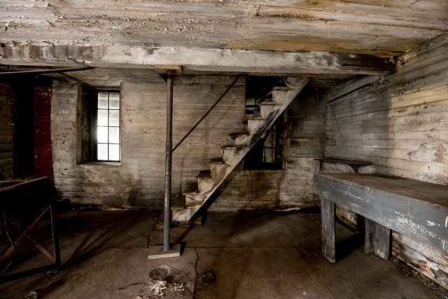 3 Interior Auburn NY Castle Home For Sale Auction Listings Real Estate Agent Broker Michael DeRosa .JPG