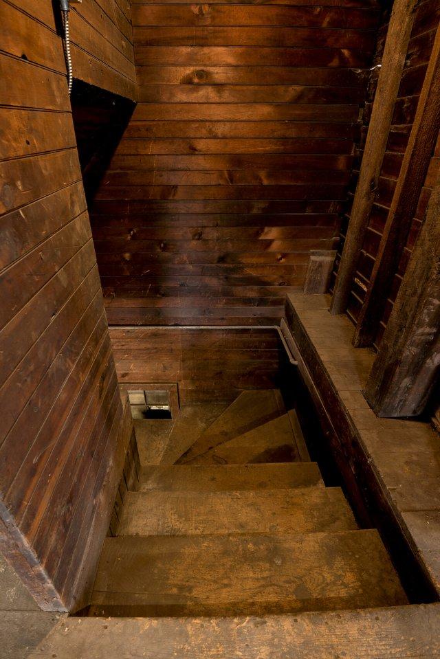 5 Interior Auburn NY Castle Home For Sale Auction Listings Real Estate Agent Broker Michael DeRosa .JPG