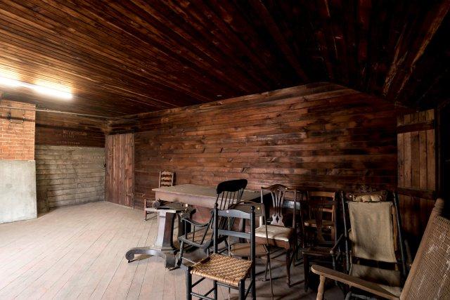 7 Interior Auburn NY Castle Home For Sale Auction Listings Real Estate Agent Broker Michael DeRosa .JPG