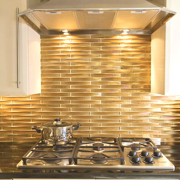 trend lustrous gold statements in