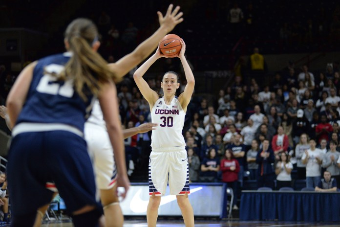 UConn women's basketball forward Breanna Stewart looks for a pass during the Huskies' exhibition game against Vanguard at Gampel Pavilion in Storrs, Connecticut on Sunday, Nov. 8, 2015. (Ashley Maher/The Daily Campus)