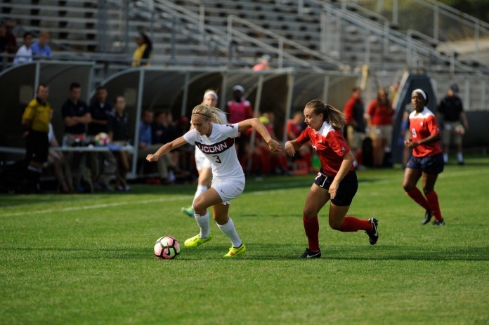 UConn Women's Soccer beat Stony Brook on September 11, with a final score of 4-1. (Jason Jiang/The Daily Campus)